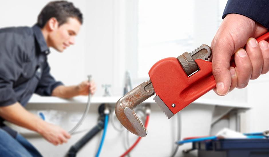 Quqnd faire appel à un plombier