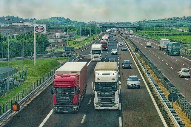 7 raisons d'embaucher une entreprise de transport routier de marchandises pour votre entreprise