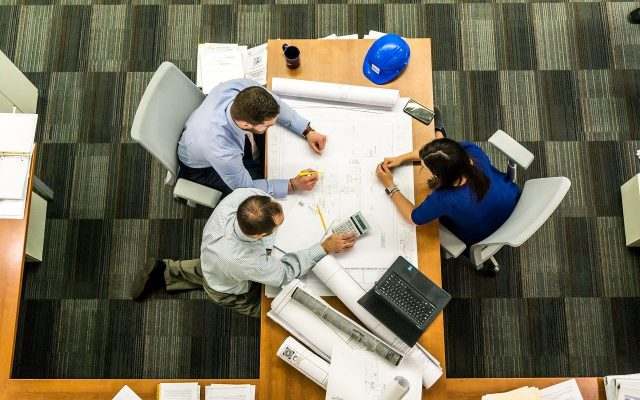 4 avantages des annuaires de listes d'entreprises